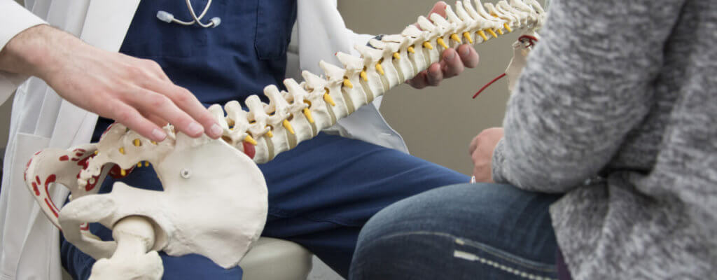 What are the Benefits of Seeing a Chiropractor?